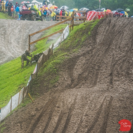 MX18-Rd10-Mud-Covered-471.jpg